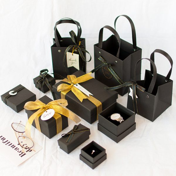 1pc-Christmas-high-quality-black-sweet-gif-box-beloved-Valentine-s-Day-paper-gift-bag-Creative.jpg_640x640