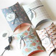 Flamingo-and-Flower-Handmade-Gift-Bag-Paper-Pillow-Box-Present-Box-Packaging-for-Sweet-Cookie-Bag.jpg_640x640